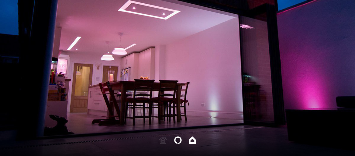 Control KNX and Philips Hue lights together.